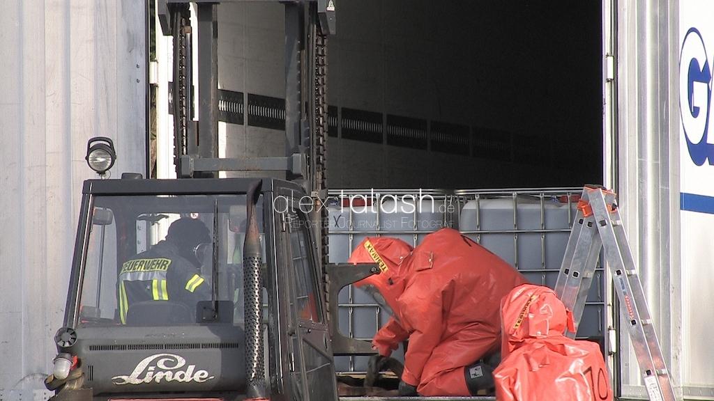 Umfangreicher Gefahrguteinsatz in Hagen hält Feuerwehr in Atem