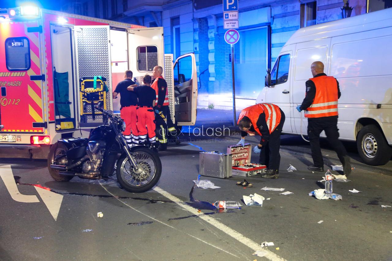 Fußgängerin in Hagen von Motorrad erfasst – Lebensgefahr