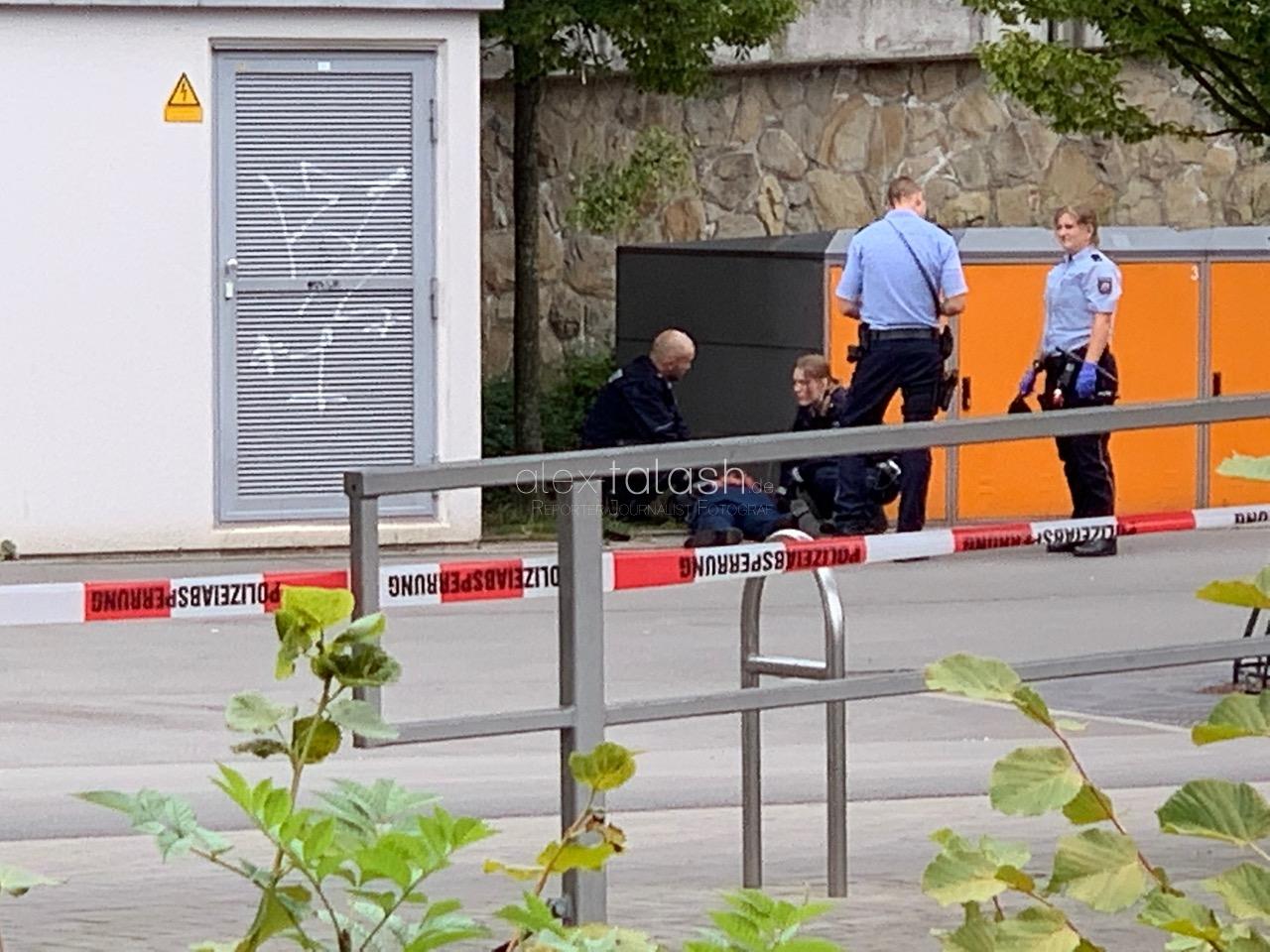 Beziehungsdrama mit zwei Toten Bluttat in Iserlohn: Zwei Monate altes Baby blieb unverletzt