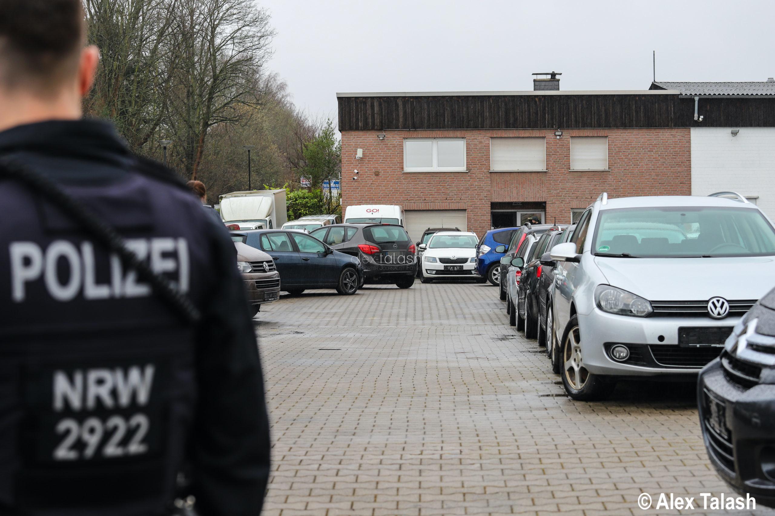 Verdacht der Erpressung bei Autokäufen – Durchsuchungsmaßnahmen von Staatsanwaltschaft und Polizei Wuppertal