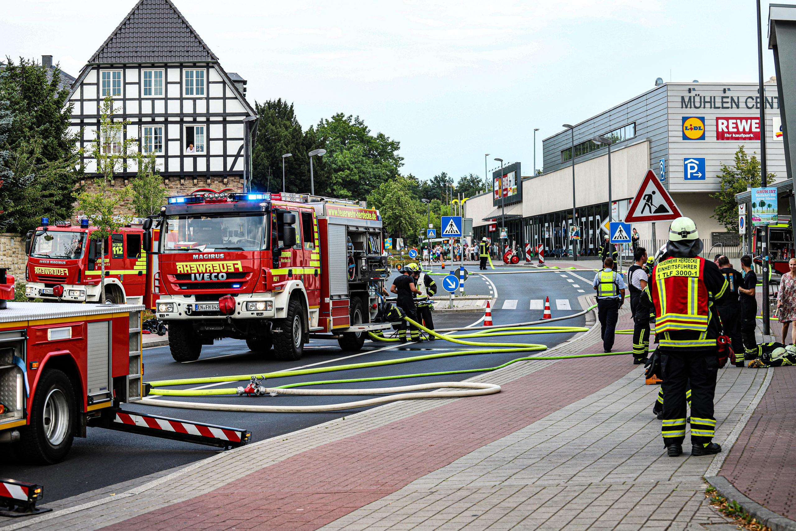 Feuer im EDEKA-Markt – Großeinsatz in Herdecke