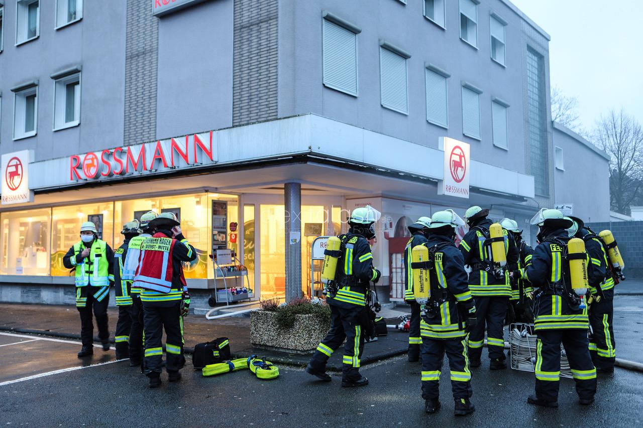 Klopapier in Rossmann-Filiale angezündet
